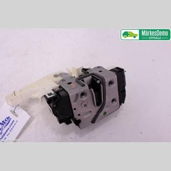 Låskista/Dörrlås MB SLK/SLC-KLASS (R172) 11-19 MB SLK 200 CAB 2012 A2047203035