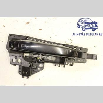 AUDI A6/S6 12-18 5DCBI 2.0 TDI AUT 2011 4H0837206
