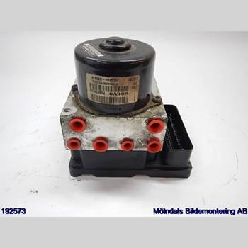 VOLVO S80      04-06 VOLVO T + S80 2004 8671224
