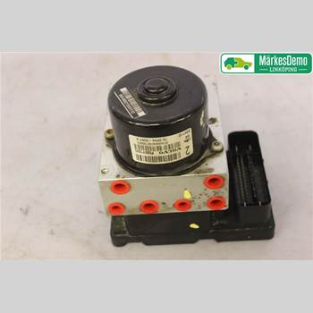 VOLVO S80      99-03 VOLVO S80 (I) 2002 8671455