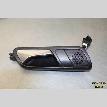 Dörrhandtag Höger Inre VW PASSAT 2005-2011 VW PASSAT 2,0 FSI 2007 3C4 839 114 Q  TDZ