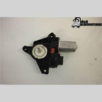 Fönsterhissmotor MB A-KLASS (W176) 13-18 Mb A-klass (w176) 13-18 2013 A2469063200