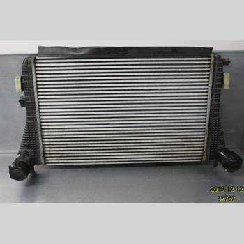 Laddluft/Intercooler Kylare VW PASSAT CC  08-16 VOLKSWAGEN, VW  3CC CC 2014 3C0 145 805 AM