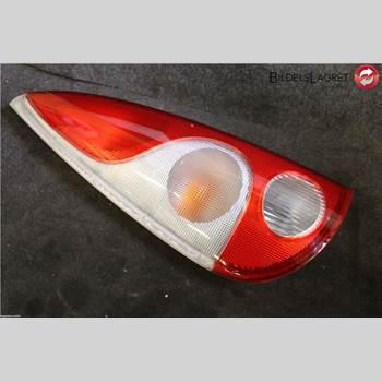 Bakljus Vänster Toyota Yaris Verso  00-05 2002 81560-52050