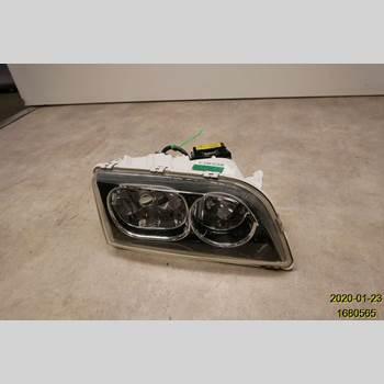 VOLVO S40/V40    96-04 1 V + V40 2004 30899885
