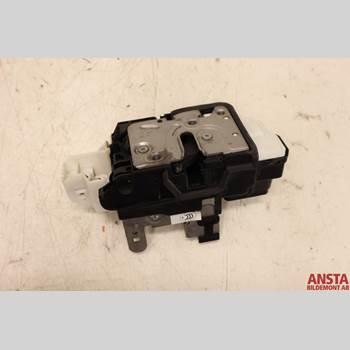 Centrallåsmotor Vänster VOLVO V40 12- 1,6 D2 KINETIC 2015