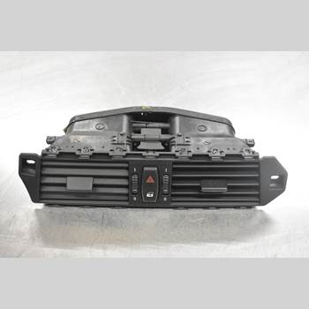 Defrosterkanal/Munstycke BMW 5 E60/61 Sed/Tou 02-10 M5 2005 7129556