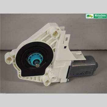 Fönsterhissmotor AUDI A7/S7 4G 11-17 3,0 TFSI. AUDI A7 SPORT-B QUATTRO 2010 8K0959802B