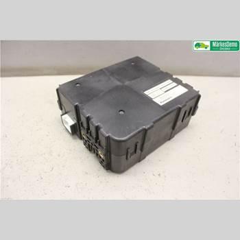 Styrenhet - ABS LEXUS RX 330/350/400H 03-08 3,3 EFI/EL. LEXUS RX400H HYBRID 2006 8968033010