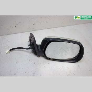 Spegel Yttre El-justerbar Höger TOYOTA RAV 4    00-06 2.0 D-4D 5VXL 4X4 2002