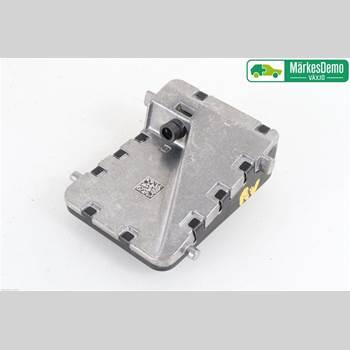 Sensor Aktivt Kollisionsskydd TOYOTA C-HR TOYOTA C-HR 5D 1,8 HYBRID 2017 8646CF4010
