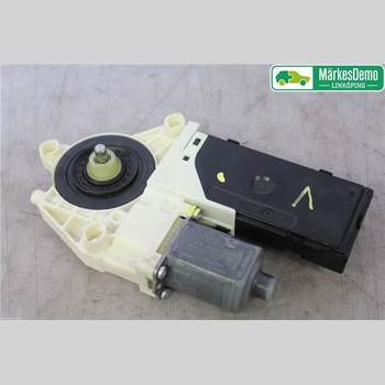 Fönsterhissmotor RENAULT LAGUNA III 11-15 RENAULT T LAGUNA 2011 807311420R