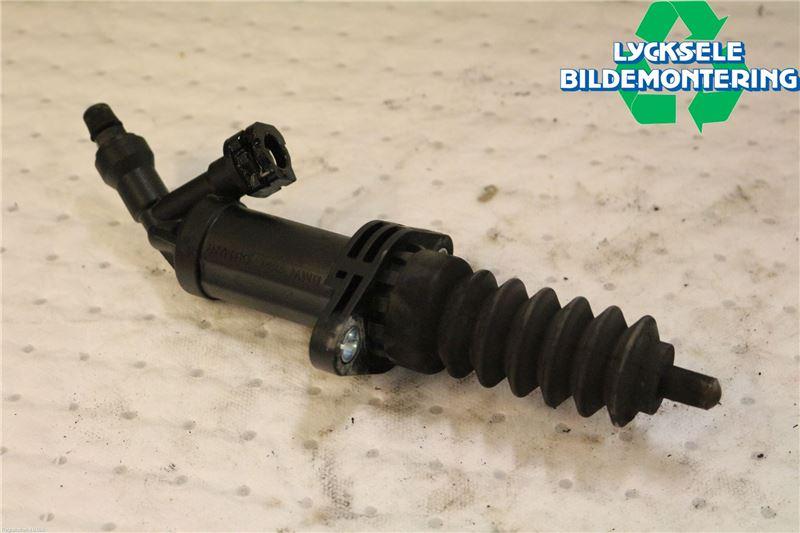 Kopplingscylinder Slav till BMW 3 E92/93 Coupé/Cab 2005-2014 W 21526785964 (0)