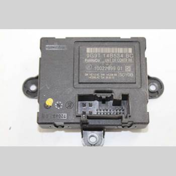 VOLVO XC60 09-13 VOLVO XC60 R-DESIGN 2013 31318368