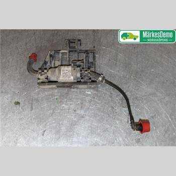 VW PASSAT 15-19 Vw Passat  15- 2018 3Q0201607A