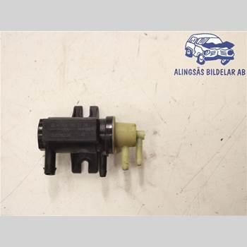 MB E-KLASS (W212) 09-16 MERCEDES-BENZ C 220 SEDAN 4D 2011 A 009 153 31 28