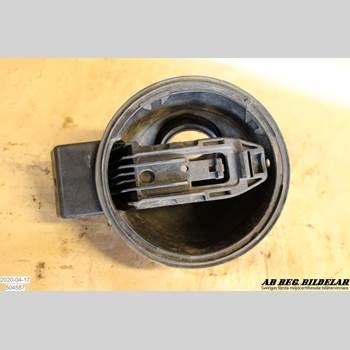 Bränslepåfyllningsrör/Slang SAAB 9-3 VER 2 SAAB 9-3 LINEAR SPORTSED 2003