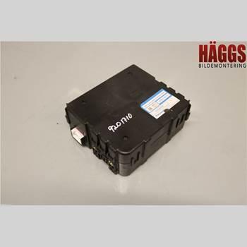 Styrenhet - ABS LEXUS RX 330/350/400H 03-08 LEXUS RX 400H KOMBI 5D 2006 89680-48010