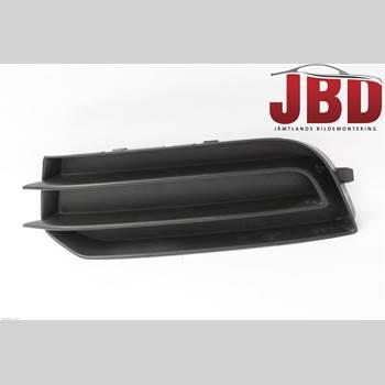 Grilldel Vänster AUDI A1/S1 11-18 AUDI            8X AUDI A1 2011 8X0807681