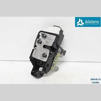 Centrallåsmotor Vänster VOLVO V40 12- 01 V40 T3 2018 31440391