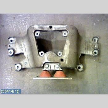 Växellådsbalk AUDI A6/S6     05-11  2005 4F0399263K