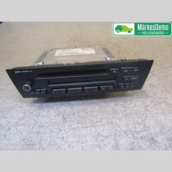 RADIO / STEREO   BMW 1 E87/81 5D/3D 03-11 BMW 1K4 116D 2011
