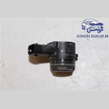 Parkeringshjälp Frontsensor SKODA SUPERB 16- Skoda Superb 16- 2016 5Q0919275B