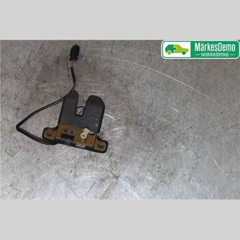 Låskista Baklucka AUDI A8/S8 4D 94-02  Audi A8-S8 4d  94-02 1998 4A5827505H
