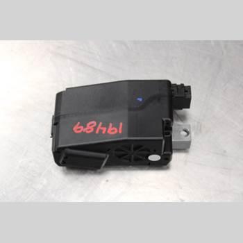 AUDI Q5 09-16 2.0TDi Diesel Quattro 170HK 2012 8K0905852D