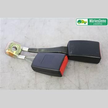 Säkerhetsbälteslås/Stopp AUDI A4/S4 05-07 Audi A4-s4      05-07 2006 8E0 857 739    01C