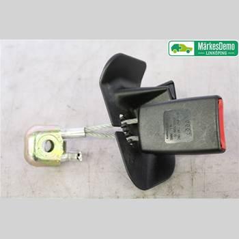 Säkerhetsbälteslås/Stopp AUDI A4/S4 05-07 Audi A4-s4      05-07 2006 8E0 857 740    01C