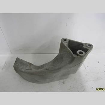 Motorfäste MB A-Klass (W169) 04-12 MERCEDES-BENZ 169 A 160 2012 A 169 241 03 01