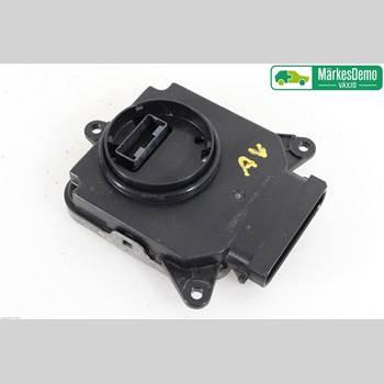 Styrenhet - Xenon LEXUS NX 300h 15- NX300H F-SPORT 4D 2,5 COMBI HYBRID AWD 2016 8990878081