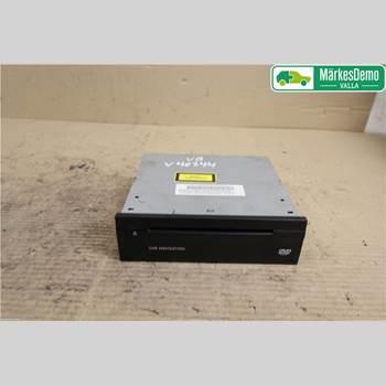 MB CLS (C219) 03-11 MERCEDES-BENZ CLS 500 2005 A2118708926