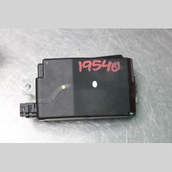 AUDI A4/S4 08-11 1.8TFSi Avant 160HK 2009 8K0905852D