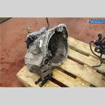 DACIA DUSTER 10-17 Dacia Duster 10-17 2015 320108419R