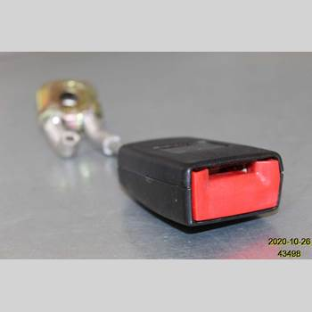 Säkerhetsbälteslås/Stopp AUDI A4/S4 05-07 AUDI A4 1,8T QUATTRO 2006 8E0 857 740