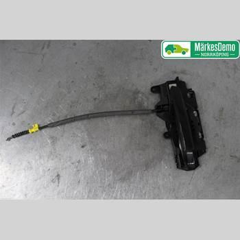 AUDI A5 17- Audi A5 17- 2020 8W0837811A